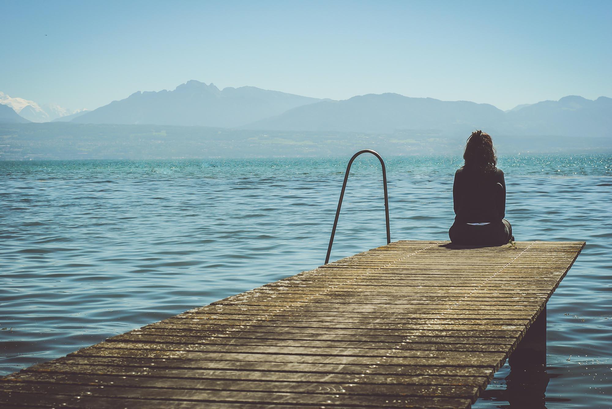<small>Depresión</small> No es lo mismo estar <strong>triste</strong> que estar <strong>deprimido</strong>